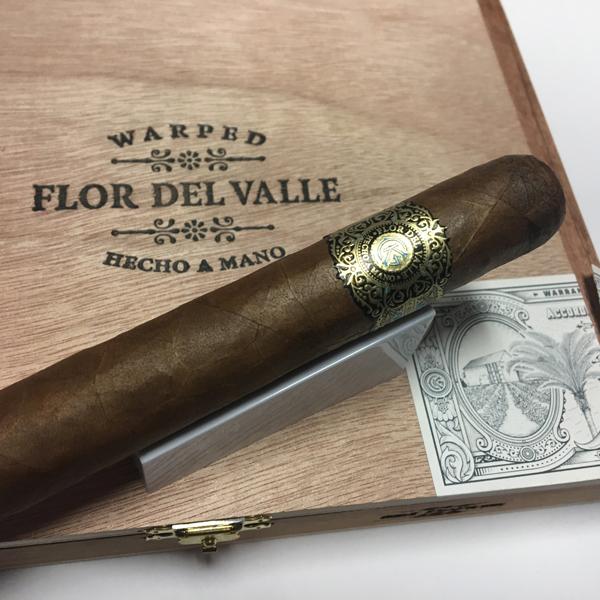 Flor_De_Valle_Sky_Flower